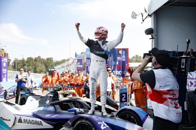 포뮬러 E 챔피언십 3라운드, BMW 막시 밀리안 쿤터 우승